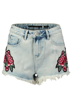Jeans short met roos patches